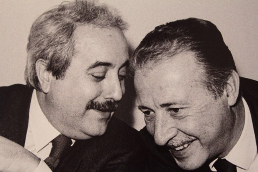 A Fiof anche gli scatti di Tony Gentile, è suo il celeberrimo ritratto di Falcone e Borsellino