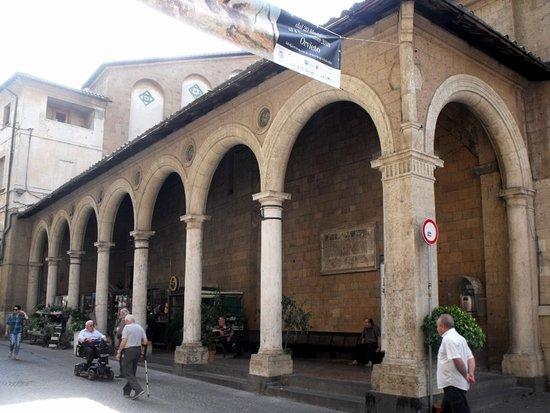 Varato il Patto di collaborazione tra Comune e Lions Club Orvieto per il restauro del Portico di Sant'Andrea