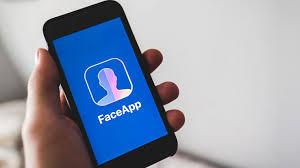 Nuova truffa online: in circolazione pericolosa imitazione di FaceApp