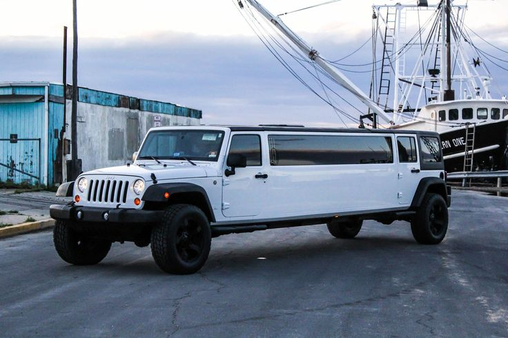 Jeep Limo You Dont See This Everyday Off Road Wheels