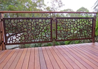 laser_cut_river_stones_balustrade_balc_a5