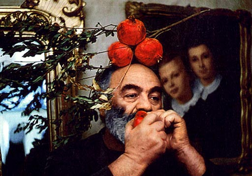 https://i1.wp.com/os.colta.ru/m/photo/2009/06/30/open_cinema_parajanov_b.jpg