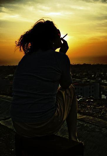 красивые фото брюнеток со спины - Сумки