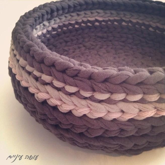 עושה עיניים - סל מחוטי טריקו || OsaEinaim - T-shirt yarn basket