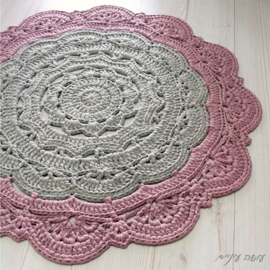 עושה עיניים - סנורקה לארג' - שטיח דויילי מחוטי טריקו    Osa Einaim - Snorka large crochet t-shirt yarn trapillo doily rug pattern