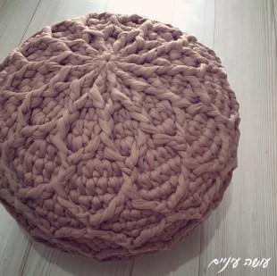 עושה עיניים - פוף רשת סרוג מחוטי טריקו || Osa Einaim - Crochet t-shirt yarn trapillo pouf pattern