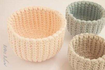 עושה עיניים - הוראות לסריגת סלסלה בשורות מקוצרות מחוטי טריקו    Osa Einaim - Short rows crochet basket