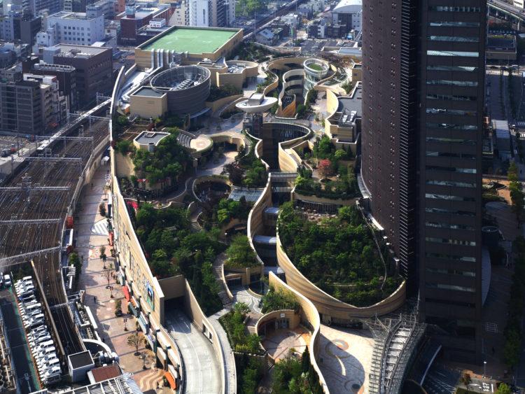近在【南海電鐵 難波站】世界最美的空中庭
