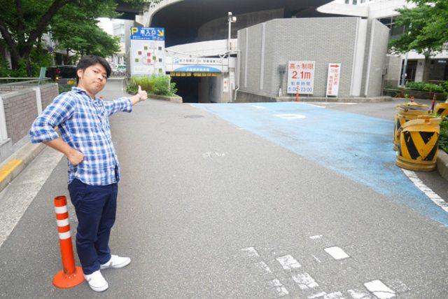 地下東入り口-(6)