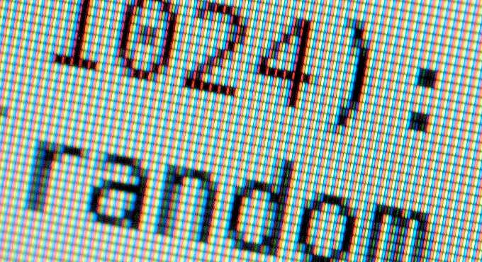 zoom de uma tela com um pedaço de código em um terminal com fundo branco