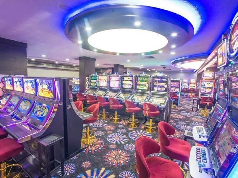 Oscar Resort Hotel casino