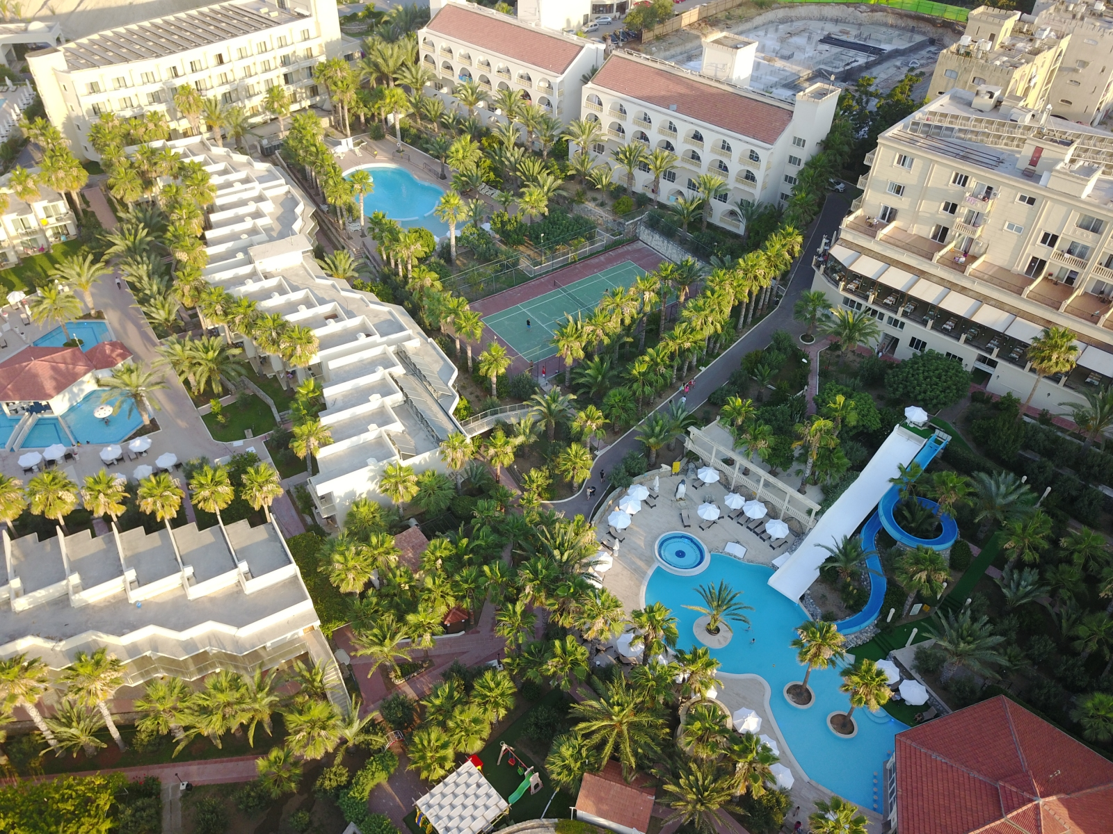 oscar_resort facilities