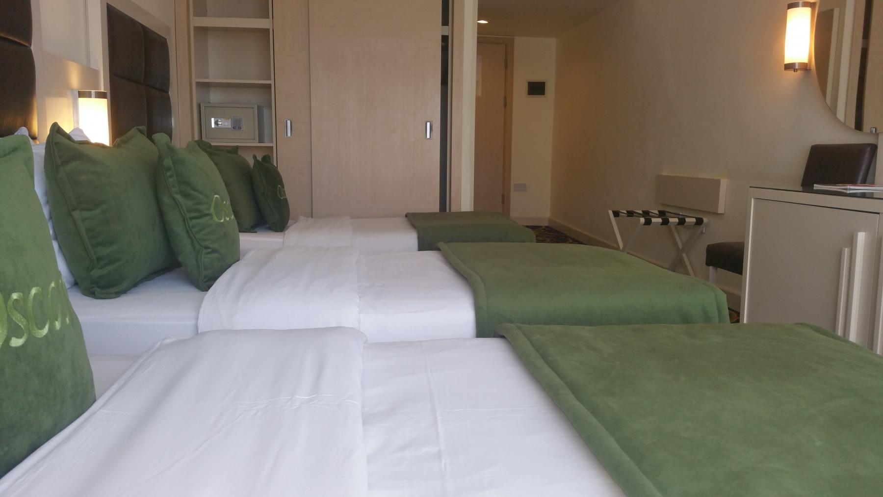 hotel-trp-bedroom-2