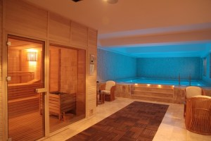 indoorcoldplunchpool