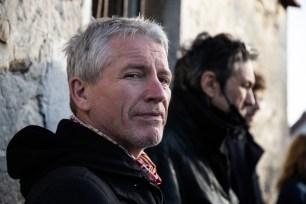 Niels Dubost. Jeu & Caméra, directed by Lyèce Boukhitine, produced by Les Films du Faubourg, DOP Thierry Goron, Gaffer Christian Fleury.