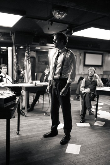 No Limit, répétitions au Cielito Lindo. Mise en scène Robin Goupil assisté par Arthur Cordier. Tom Wozniczka, Augustin Passard, Théo Kerfridin & Thomas Gendronneau.