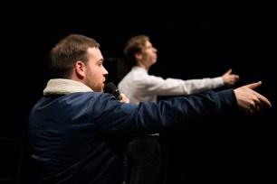 Le Royal Velours - Je m'en vais mais l'État demeure à La Scala, Paris. Mise en Scène Hugues Duchêne. Théo Comby-Lemaitre & Hugues Duchêne.
