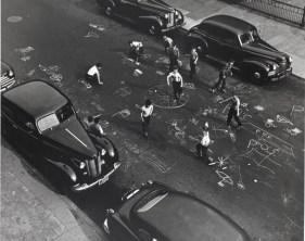 Arthur Leipzig, Chalk Games, Prospect Place, Brooklyn, 1950, printed later, gelatin silver print. The Jewish Museum,