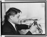 Carl Mydans at Walsh Mansion FSA with camera equipment November 1935