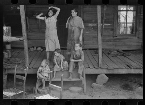 Floyd Burroughs and Tengle children, Hale County, Alabama walker evans