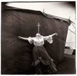 Albino sword swallower at a carnival, Md. 1970 Diane Arbus