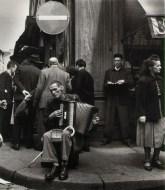 L'Accordeoniste, rue Mouffetard Robert Doisneau, 1951