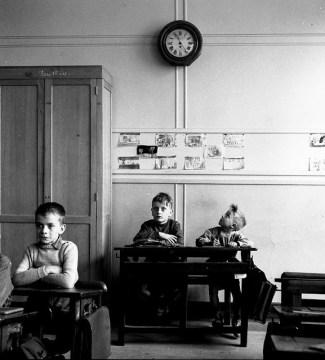 Le cadran scolaire, Paris 1956 Robert Doisneau