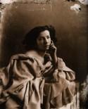 Nadar - Gaspard Felix Tournachon -1800s-old-portrait-photographs-felix-nadar-actress-sarah-bernhardt