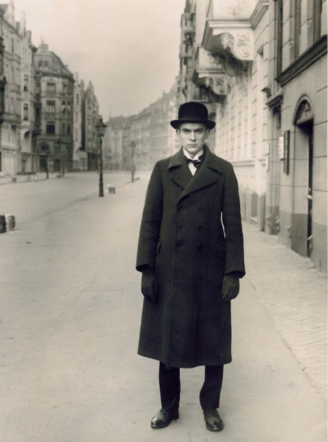 august-sander-painter-Anton-Raderscheidt-1926-760x1024