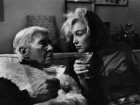 Arnold_Newman_Cal-Sandburg_Marilyn_Monroe