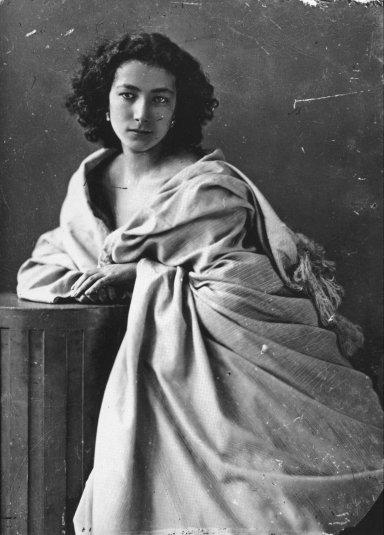 Sara Bernhardt. Nadar.