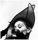 irving_penn_oscarenfotos_16lisa-fonssagrives-photo-by-irving-penn-new-york-1949