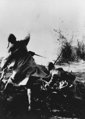 Dmitry_Dimitri_Dmitri_Baltermants_war_combat_4