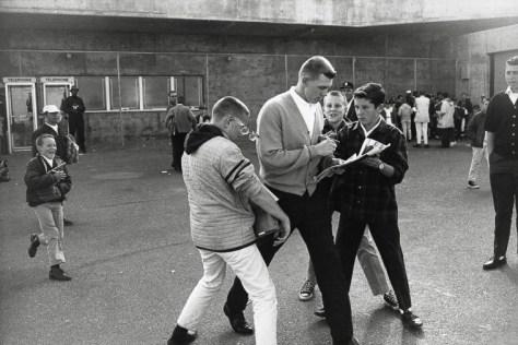 Warri_Winogrand_Candlestick Park, San Francisco, 1964_29