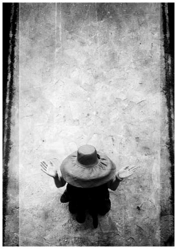 lily-dache-hat-by-william-klein