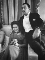 Alfred_Eisenstaedt_retrato_Dali and his wife