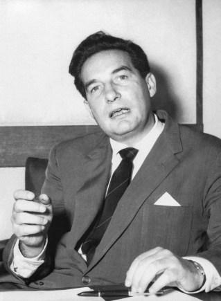Héctor García. Octavio Paz (Sin lugar, sin fecha)