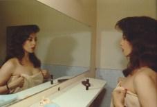 Sandra frente al espejo. New York City. 1985