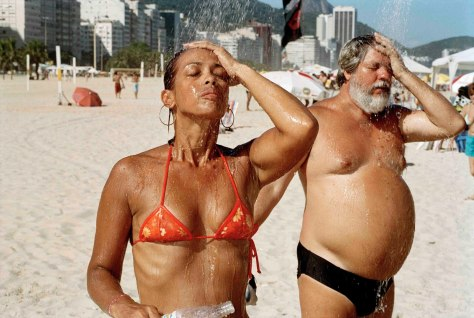 martin_parr_life_is_a_beach_20