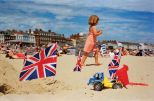 martin_parr_life_is_a_beach_22