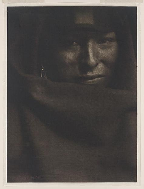 GERTRUDE_KASEBIER_red_man_pictorialist