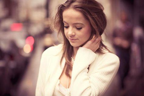 shy_teenager.jpg