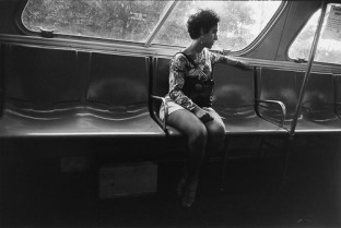 Untitled from Women are Beautiful_1969_7_Garry_Winogrand_Women_Are_Beautiful_110
