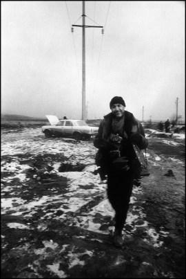 """""""On the border"""", portrait of Stanley Greene by Kristel Eerdekens on the Chechen-Ingush border, january 2000"""