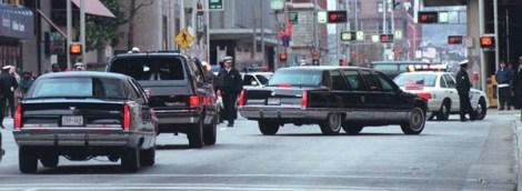 #!dcdisplay fp\b0\i0\fs10Date~10.03.1998; Source=Local:Staff; Time~17:50; Type=Picture; ÐÐÐÐÐÐÐÐÐÐÐÐÐÐÐÐÐÐÐÐÐÐÐÐÐÐÐÐÐÐÐÐ fs16\b\fs12\b0 <> 1998.0310.06.01 The limosmousine carrying President William Jefferson Clinton pulls into the Regal Hotel in downtown Cincinnati. Clinton was enjoying down time at the hotel. Cincinnati Enquirer/Michael E. Keating mek fp\b0\i0\fs10ÐÐÐÐÐÐÐÐÐÐÐÐÐÐÐÐÐÐÐÐÐÐÐÐÐÐÐÐÐÐÐÐ fp\i0\b\fs16Digital Collections/IPTC fp\b0\i0\fs10