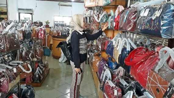 Sentra Industri Tas Bandung Terbesar di Indonesia