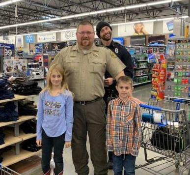 shop with a cop in clarke county