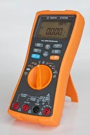 how does a digital multimeter work