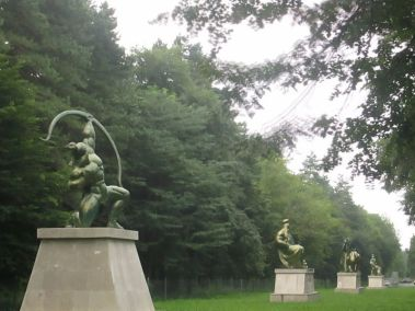 Скульптуры Нартского эпоса