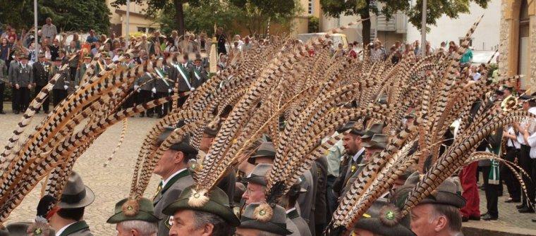 Beim Antreten am Schützenfestsonntag 2012